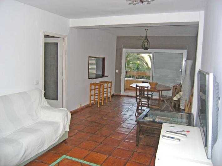 Дешевые квартиры у моря в испании